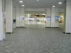 尾張一宮駅内部.jpg