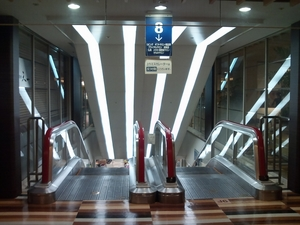 escalator4.jpg